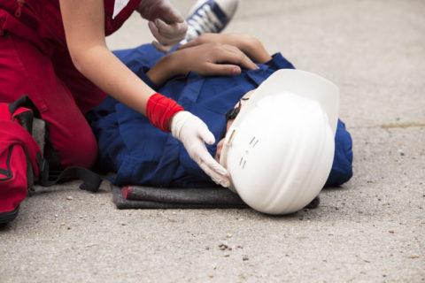 Помощь нужно оказывать уже на месте аварии