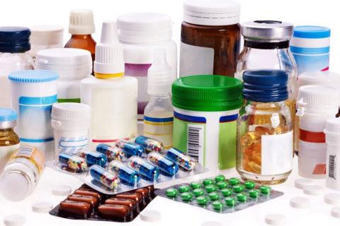 Для лечения переломов ребер назначают ряд препаратов.