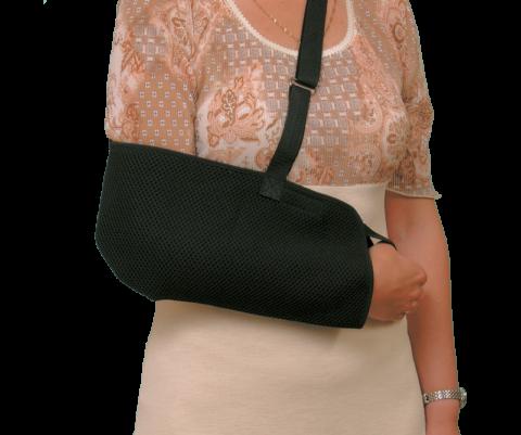 Косынка на руку при переломе