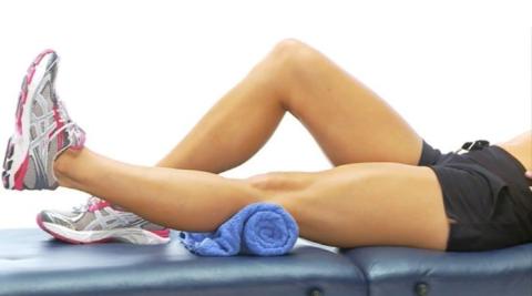 Обратите внимание, здоровая нога может быть чуть согнутой, а может быть и прямой