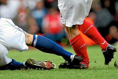 Открытый перелом голеностопа при ударе по ноге