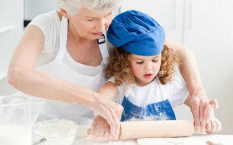 У детей кости срастаются быстрее чем у взрослых, и тем более, чем у пожилых