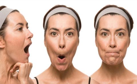 В период реабилитации хорошо выполнять зарядку для мышц лица.