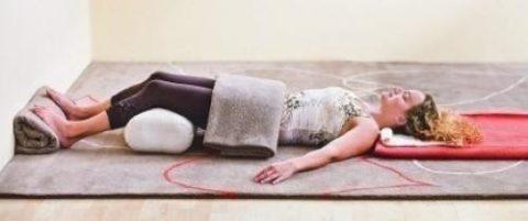 Асана йоги – Шавасана (поза Мертвеца)