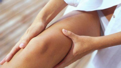 Если при травме бедра возникло повреждение нервов, то может возникнуть потеря чувствительности конечности.