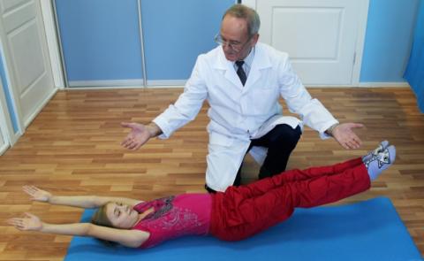 Комплекс упражнений ЛФК составляется врачом для каждого пациента индивидуально