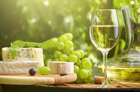 Немного хорошего вина — лекарство, много — смертельный яд. © Авиценна