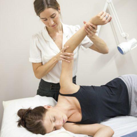 Одним из этапов реабилитации является лечебная гимнастика
