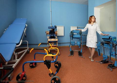 После перелома пациенту предстоит длительный период реабилитации.
