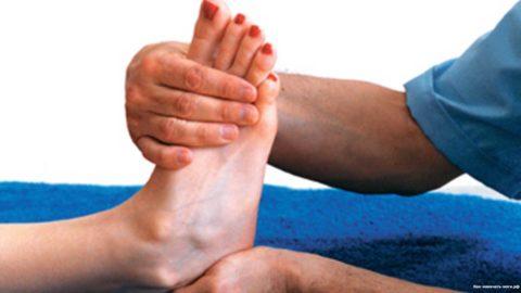 Сохранение подвижности сустава является важным критерием для оценки и постановки диагноза