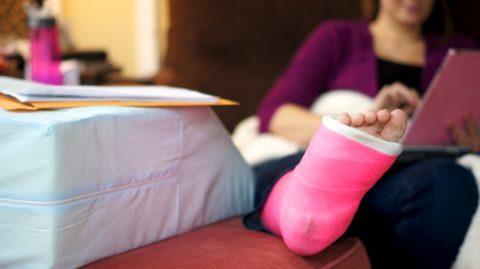 В качестве фактора, спровоцировавшего травму, может выступить жесткий, неуступчивый характер.