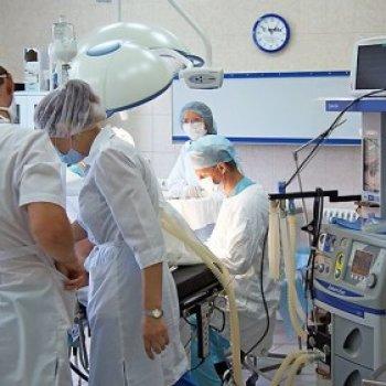 Хирургическое вмешательство при повреждении позвоночного столба