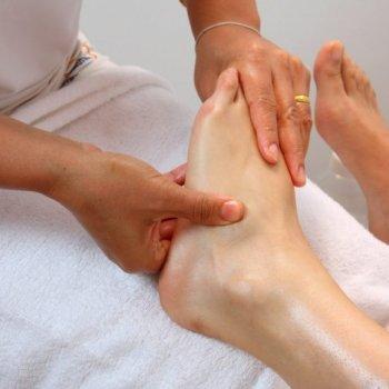Крепитация кости при пальпации ноги