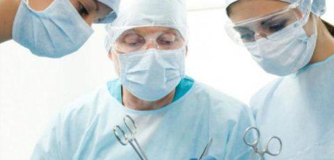 Хирургическое вмешательство показано при не результативности консервативных методов лечения.