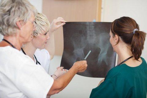 Решение о выборе методики лечения врач принимает индивидуально