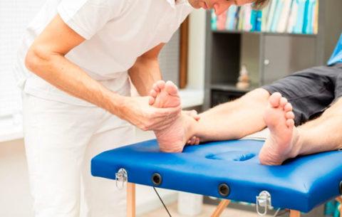 Проведение восстановительного массажа при травмах пальцев ног