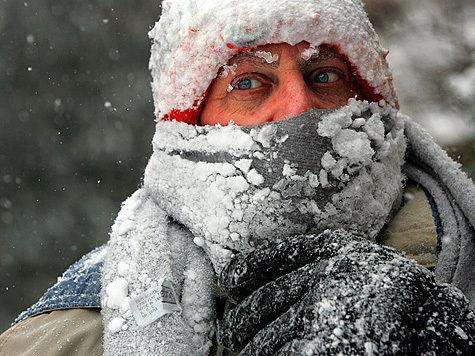 Длительная неподвижность ведет к замедлению кровообращение и повышению риска получения холодовых травм на морозе.