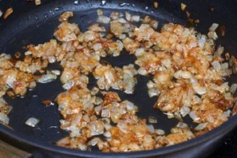 Благодаря обжариванию лука масло приобретает антисептические свойства.