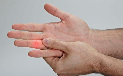 Интенсивность боли при переломах и ушибах пальцев