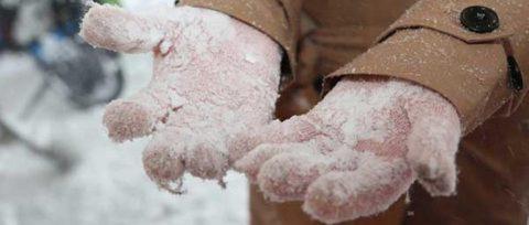 Избавиться от обледенелых перчаток