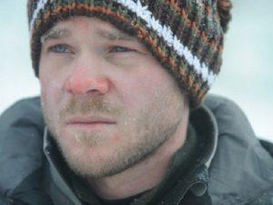 На сильном морозе несложно получить холодовую травму носа.