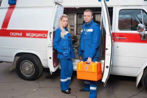 При серьезных холодовых травмах, нельзя тянуть время – немедленно доставьте пострадавшего в больницу!