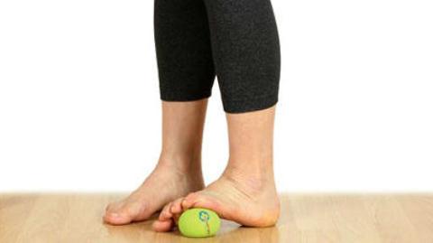 При травмах стопы важно восстановить и укрепить её своды