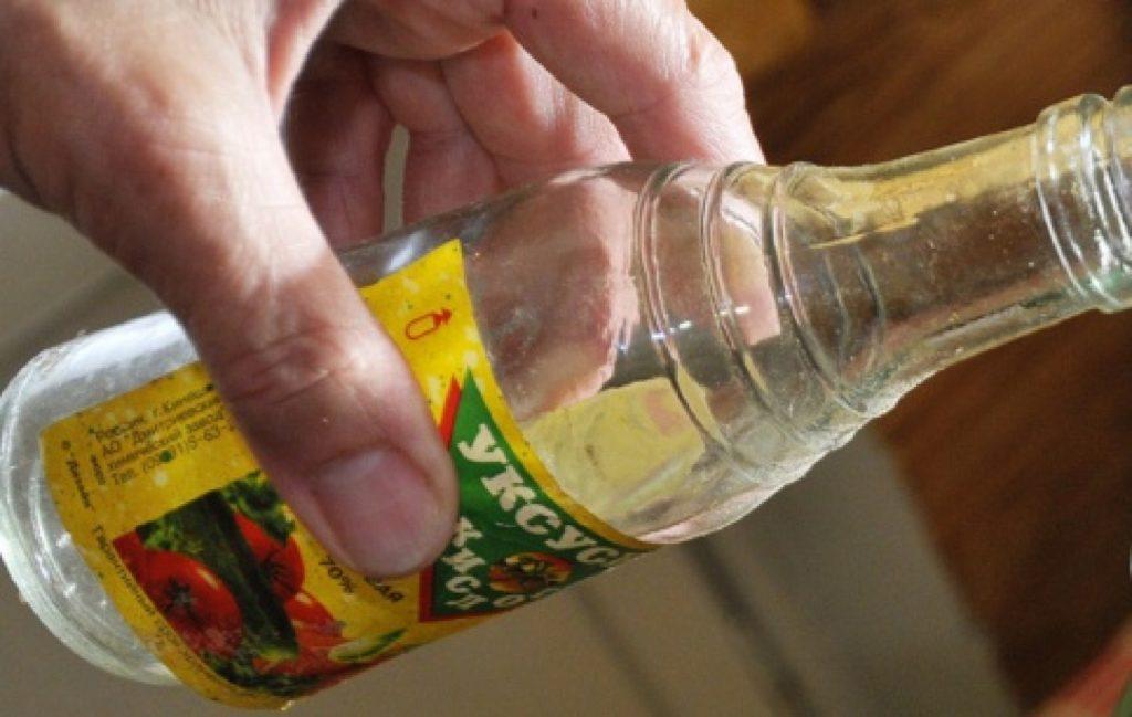Небрежное обращение с концентрированными кислотами может привести к печальным последствиям