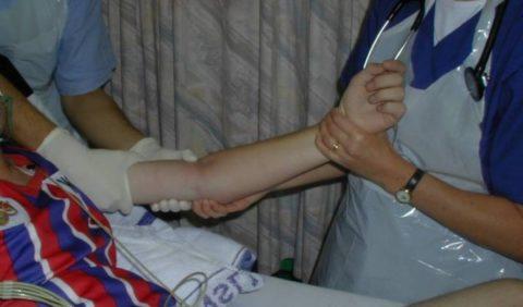 Лечение перелома включает целый комплекс разнообразных методов.