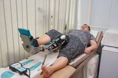 Пассивная разработка тазобедренного сустава, колена и голеностопа