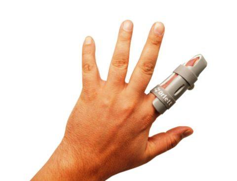 Процедура фиксации поврежденной фаланги для транспортировки без обездвиживания кисти