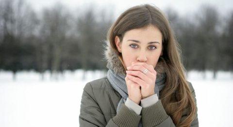 Риск обморожений значительно возрастает, если одежда не соответствует погодным условиям