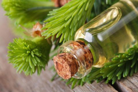 Ускорить процессы восстановления и снять боль поможет массаж с пихтовым маслом.