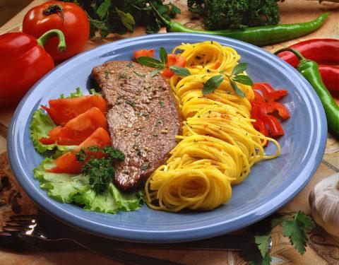 Зимой рекомендуется употреблять сытные и полезные блюда.