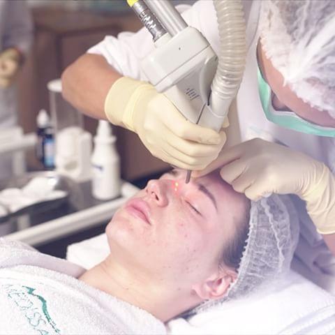 Активизирует восстановительные процессы в коже