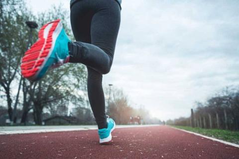 Чтобы восстановить навыки ходьбы и бега, нужно ходить и бегать