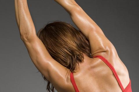 Реабилитация после переломов плеча – это его «тренировка» с помощью разных форм ЛФК