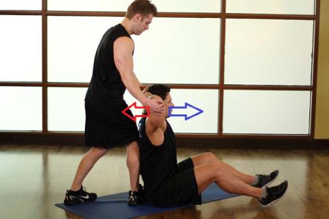 Упражнения для реабилитации плеча должны выполняться и в статических напряжениях