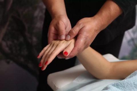 Массаж кисти и предплечья после перелома