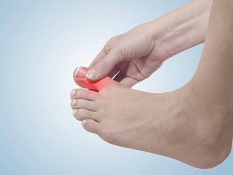 Развитие болевого синдрома при нарушении целостности кости на ноге