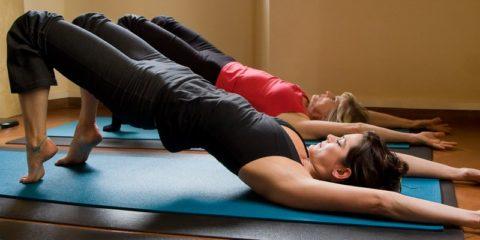 Упражнения для спины помогут снять боль