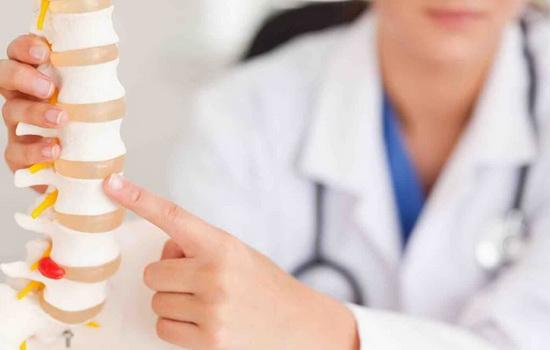 Классификация различных видов ушибов спины человека в зависимости от степени тяжести повреждения