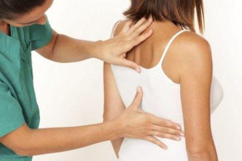 Определение точного диагноза полученной травмы спины квалифицированным специалистом