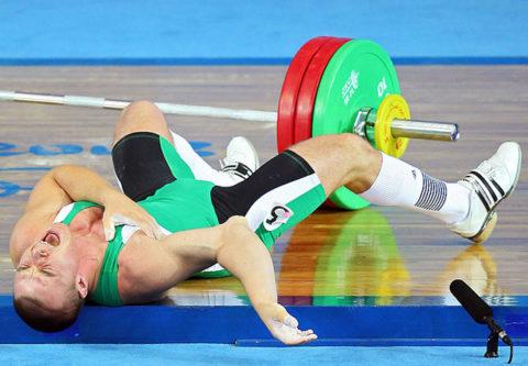 Основной механизм травмирования локтевого сустава во время занятия спортом