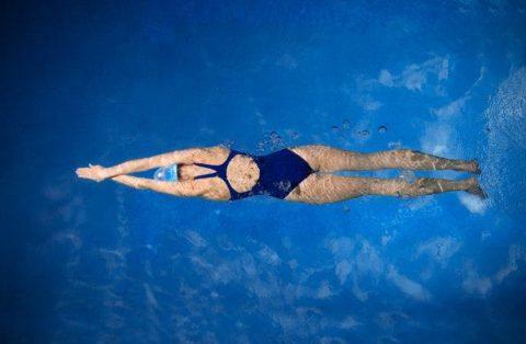 Плавание.