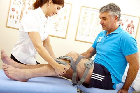 Поддержка посторонних дает пациенту позитивный настрой и уверенность в своих силах.