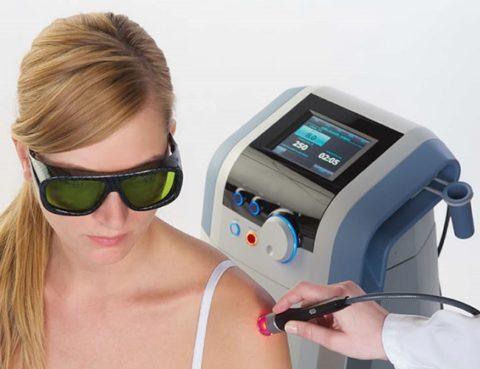 Терапия перелома плеча лазером