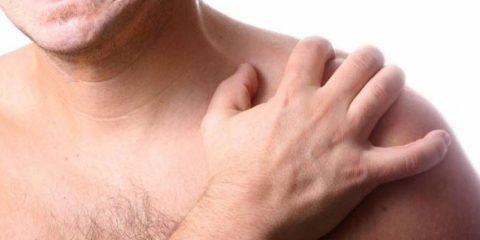 Ярко выраженные симптоматические проявления поврежденной целостности ключицы