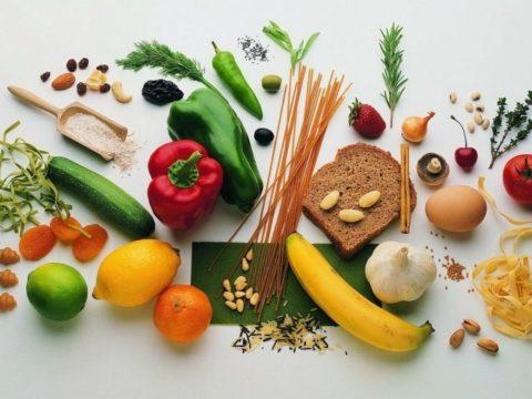 Для успешного лечения переломов у детей нужно усилить питание некоторыми продуктами