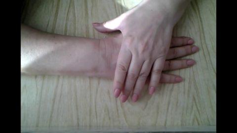 Каждые два часа проводите гимнастику травмированной руки